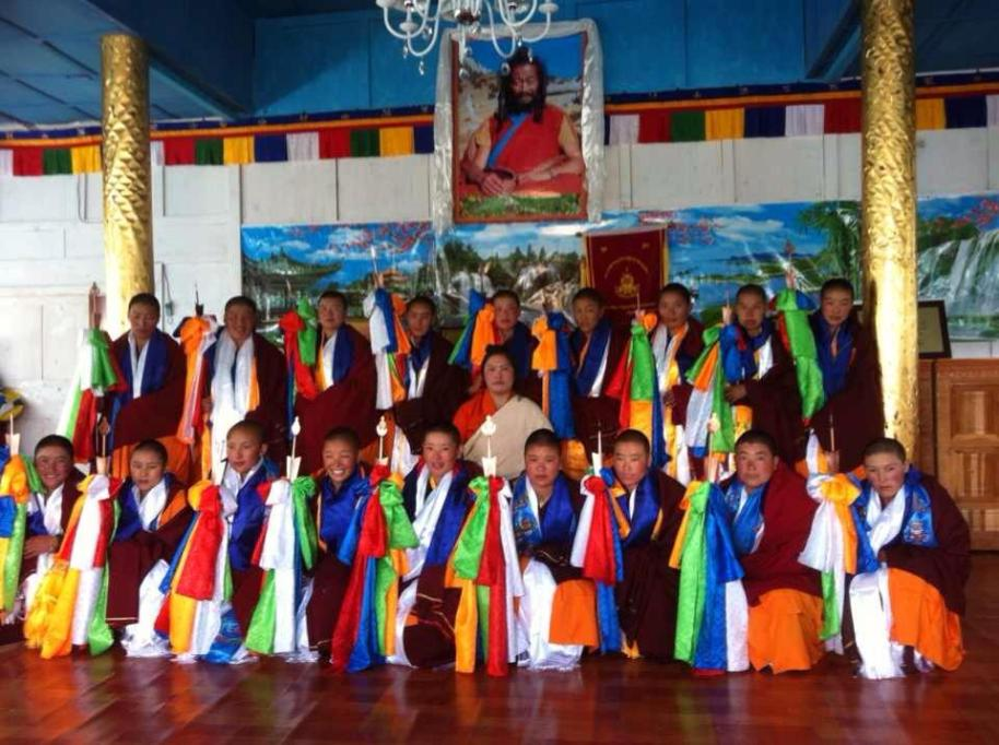 Nuns in Tibet Nya Rong with Khandro Rinpoche graduating 2013