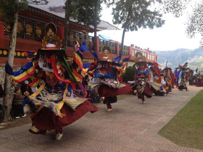 Ma gyud cham dance 2013
