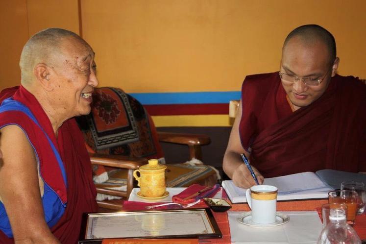 33 Menri Trizen with Karmapa