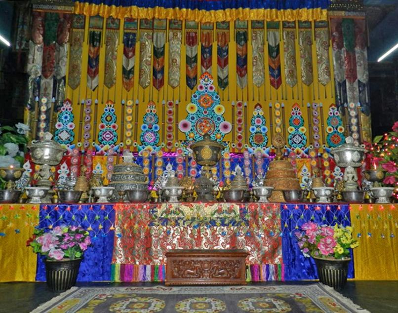 menri-shrine-edit